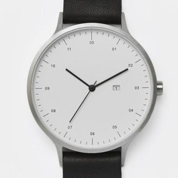 INSTRMNT 01 horloge