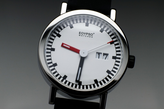 The-Modern-Art-Watch